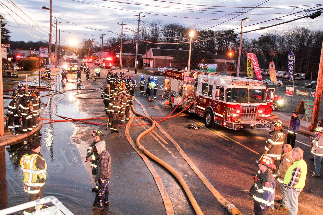 Mastic restaurant Manor House destroyed in morning fire