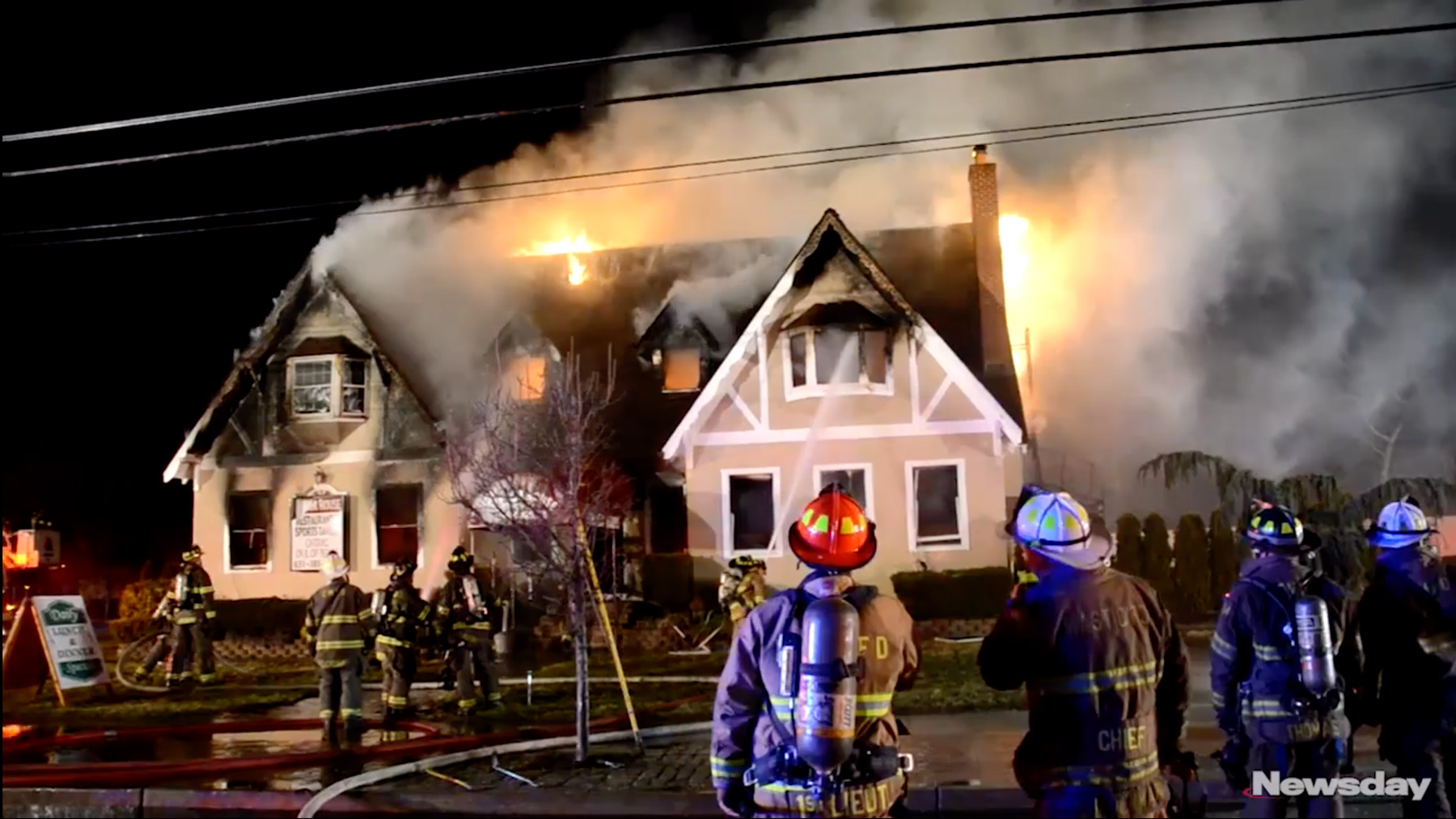 Mastic restaurant Manor House destroyed in morning fire, officials say